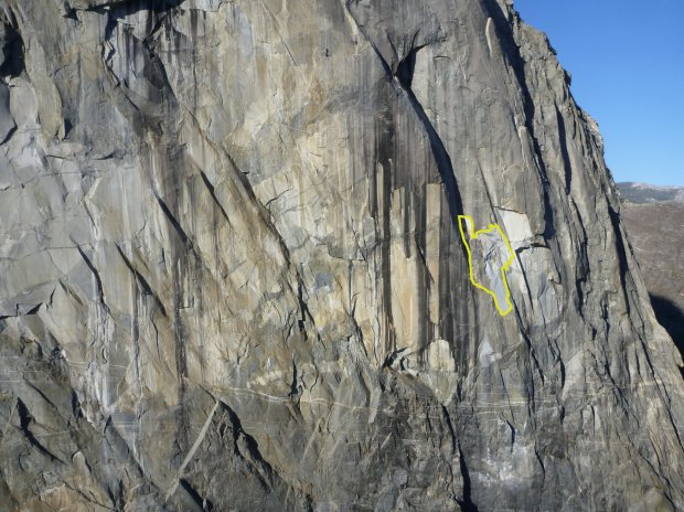 East Buttress of El Capitan in Yosemite National Park on Sept. 27, 2017with estimated area rockfall drawn in. (Photo credit: National Park Service)