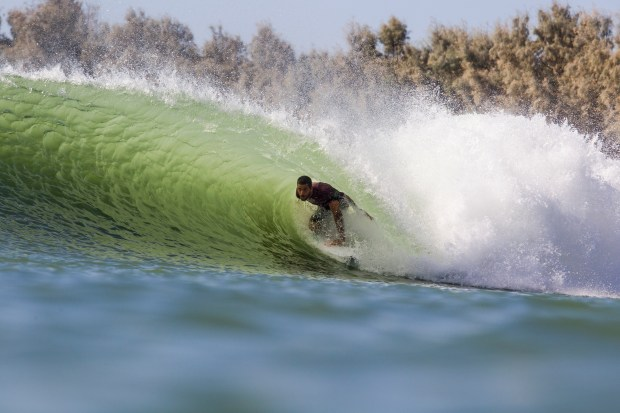 Filipe Toledo, a Brazilian who lives in San Clemente, surfing at the Future Classic in Lemoore, September 2017. (PHOTO: WSL)