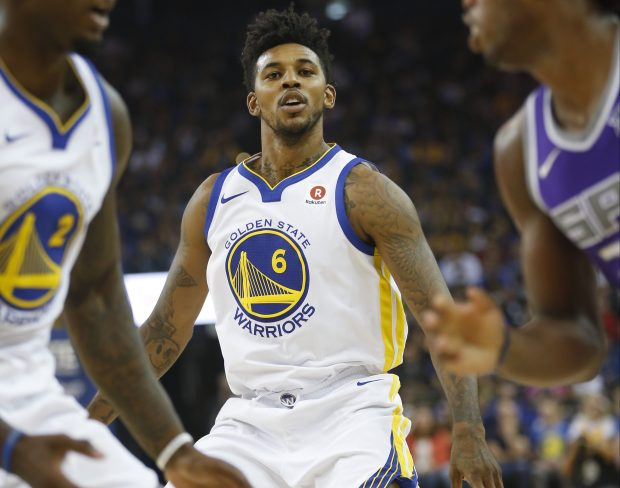 Golden State Warriors guard Nick Young (6) plays defense against the Sacramento Kings in the first quarter at Oracle Arena on Friday, Oct. 13, 2017, in Oakland, Calif. (Jim Gensheimer/Bay Area News Group)