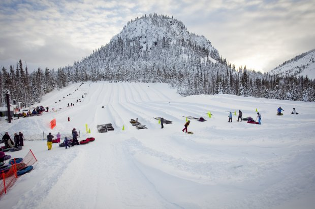 The Autobahn tubing park at Oregon's Hoodoo ski area offers families asnowy thrill ride down multiple lanes. (Photo: Visit Central Oregon)