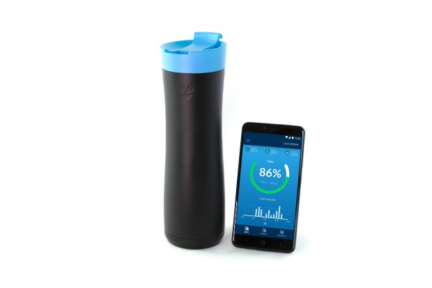 The AquaGenie is a smart water bottle that helps remind the user to drinkmore water. (Courtesy of AquaGenie)