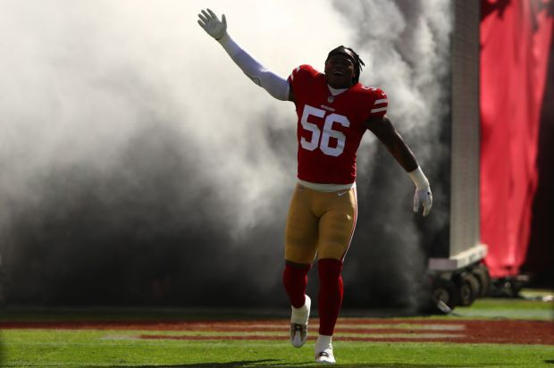 Reuben Foster #56 of the San Francisco 49ers takes the field prior to their NFL game against the Dallas Cowboys at Levi's Stadium on October 22, 2017 in Santa Clara, California. (Photo by Ezra Shaw/Getty Images)