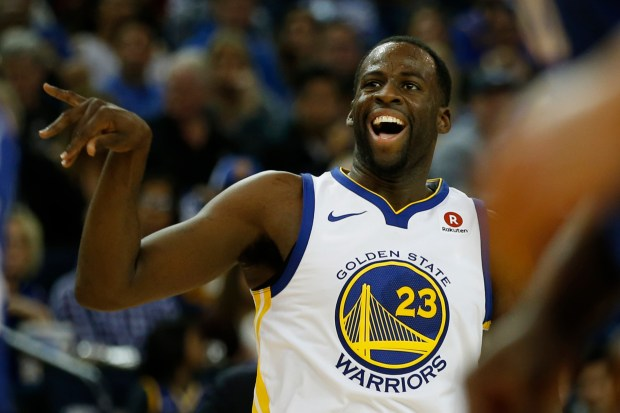 Draymond Green of the Golden State Warriors watches a shot against the Philadelphia 76ers at Oracle Arena on November 11, 2017 in Oakland, California. (Karl Mondon/Bay Area News Group)
