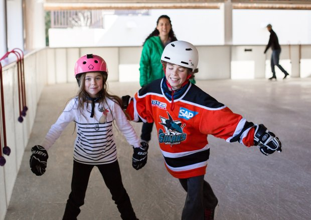 Ice Skating Rinks in the Western Suburbs  kidlist