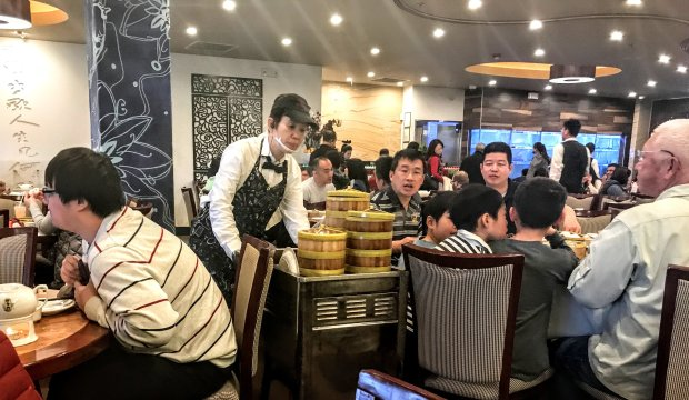 At Milpitas' Koi Palace, steamer baskets arrive at tables via dim-sumrolling carts. (Courtesy of Mary Orlin)