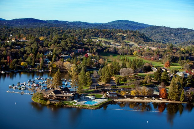 Lake of the Pines is a gated community in the Sierra Foothills that offers an active lifestyle in a gorgeous environment.