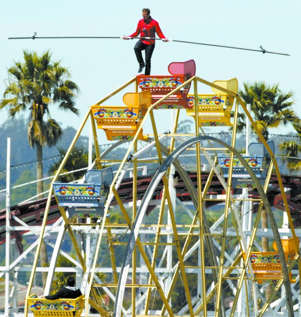 Santa Cruz Beach Boardwalk shuts Ferris wheel suddenly