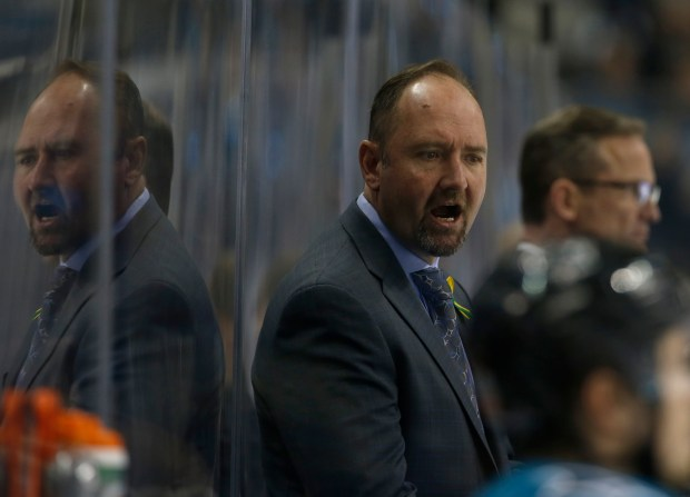 San Jose Sharks head coach Peter DeBoer talks to his team before the start of the second period against the Anaheim Ducks for Game 4 of an NHL first round playoff series at the SAP Center in San Jose, Calif., on Wednesday, April 18, 2018. (Nhat V. Meyer/Bay Area News Group)