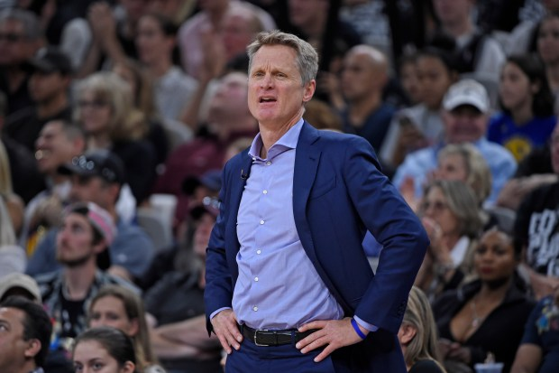 Golden State Warriors head coach Steve Kerr reacts after a foul call against Golden State Warriors' Draymond Green (23) during the second quarter of Game 4 of their NBA first-round playoff series at AT&T Center in San Antonio, Texas, on Sunday, April 22, 2018. (Jose Carlos Fajardo/Bay Area News Group)