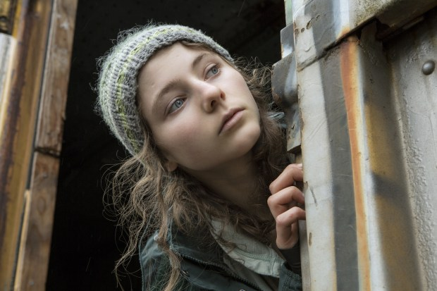 "This image released by Bleecker Street shows Thomasin Harcourt McKenzie in a scene from ""Leave No Trace."" (Scott Green/Bleecker Street via AP)"