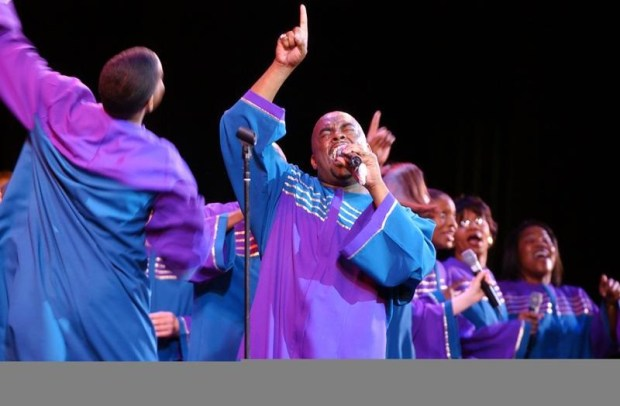 "Oakland Interfaith Gospel ChoirContare Con Vivo (""To Sing With Life"") combines talents with the Oakland Interfaith Gospel Choir (pictured) in a pair of concerts of African-American music this weekend. Dubbed ""I, Too, Sing America,"" each show includes gospel music and popular favorites such as Edwin Hawkins' ""Oh Happy Day,"" Fast Waller's ""Ain't Misbehavin,'"" U2's ""In the Name of Love"" and Michael Jackson's ""Heal the World,"" performed by 150 singers. The concerts are at 7:30 p.m. Saturday at First Congregational Church, 2501 Harrison St., Oakland, and at 4 p.m. Sunday at Walnut Creek Presbyterian Church, 1801 LaCassie Ave. Tickets are $25 in advance, $30 at the door, $10 for youths. Contact www.cantareconvivo.org or 510-836-0789."