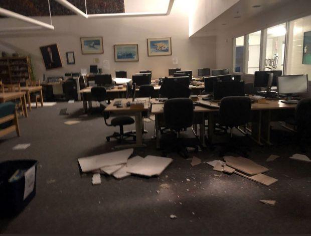 https www mercurynews com 2018 11 30 strong earthquake rocks buildings in anchorage