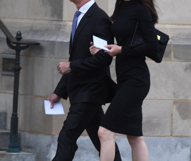 Amazon Ceo Jeff Bezos L And Is Wife Mackenzie Arrive At The Washington Cathedral To Attend The Service For Late Senator John Mccain On September St