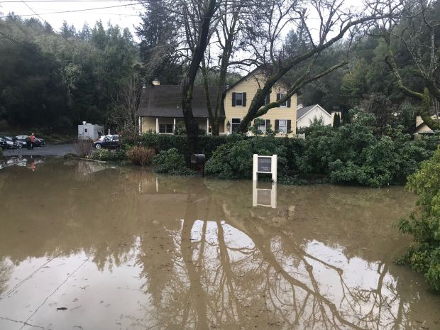 How will Russian River flooding impact Sonoma County travel?