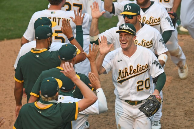 MLB spring training: Oakland A's early 26-man roster projection