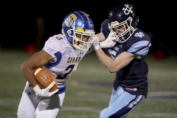 Prep football: Serra pulls out season-opening win over Valley Christian 4