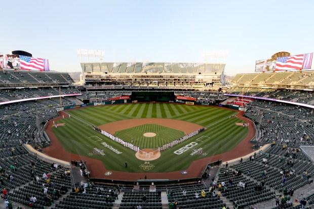 Photos: Oakland Athletics host Houston Astros on Opening Day 4