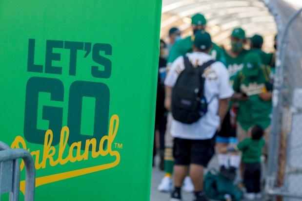 Photos: Oakland Athletics host Houston Astros on Opening Day 5