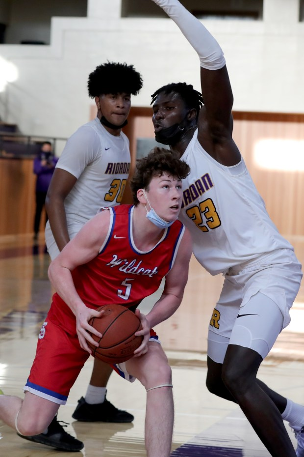 Prep basketball: Riordan advances to CCS Open final in wild finish over St. Ignatius 7
