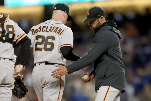 Photos: Here's an inning by inning look of a brutal Giants' Game 4 loss to Dodgers
