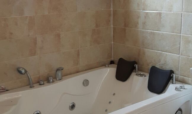 4bed detached withbq6