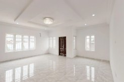 3 Bed Terrace with marble floor for N35mill only!