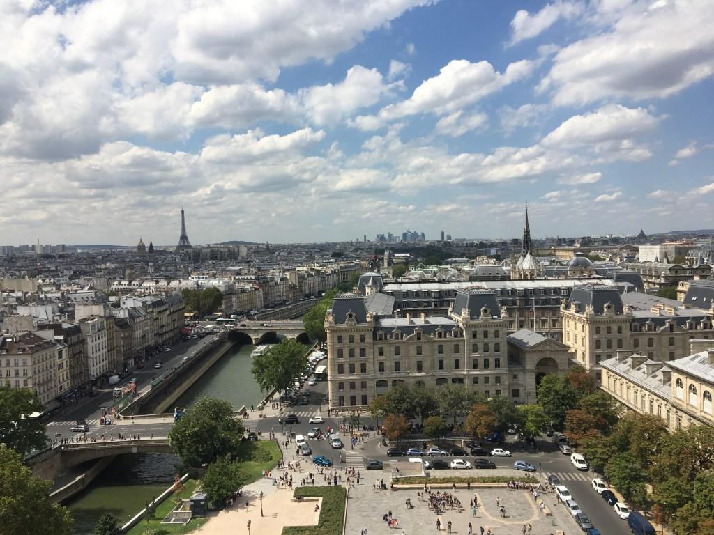 In deze maand kun je Parijs het beste ontlopen.