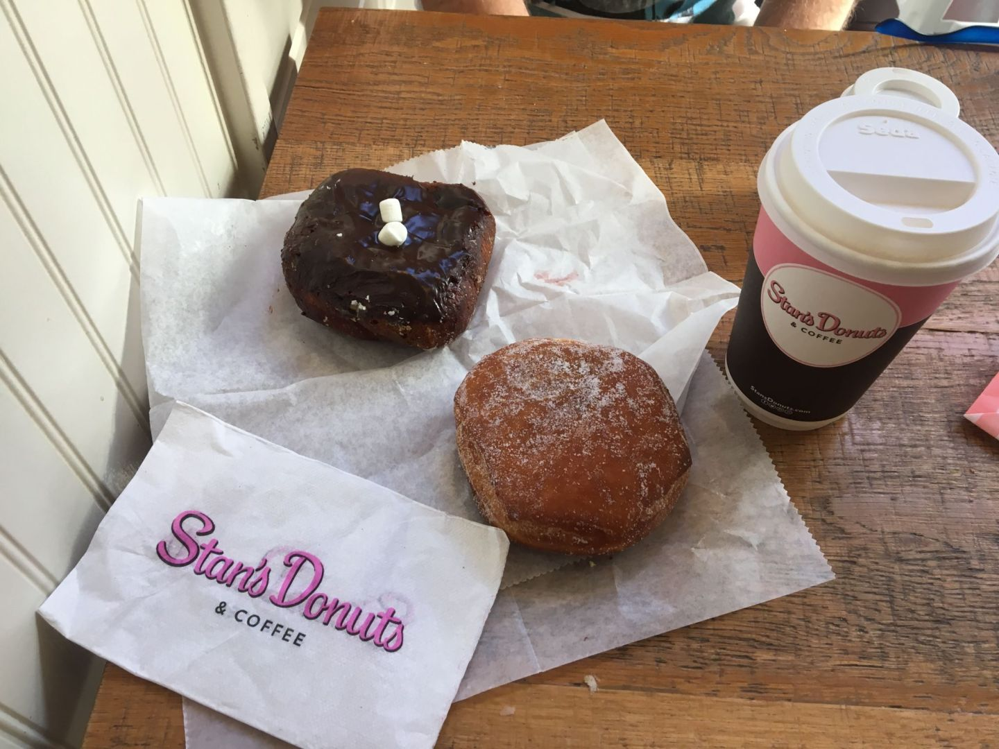 Chicago hotspot: Stan's Donuts & Coffee