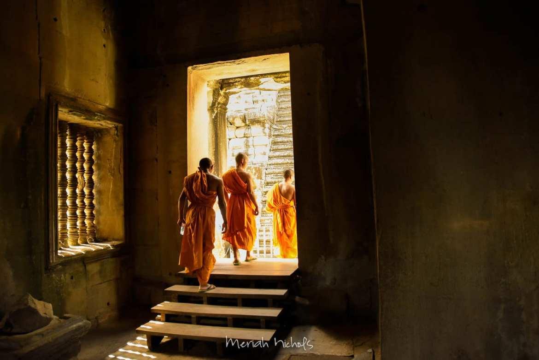 Meriah Nichols Angkor Wat-23