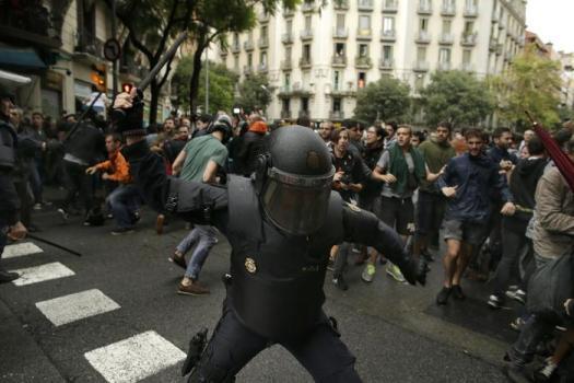 Catalogna - violenza polizia