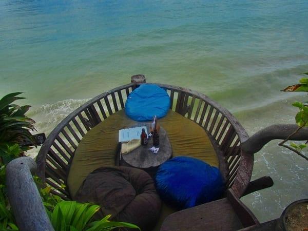The Alternative, restaurante sobre el mar