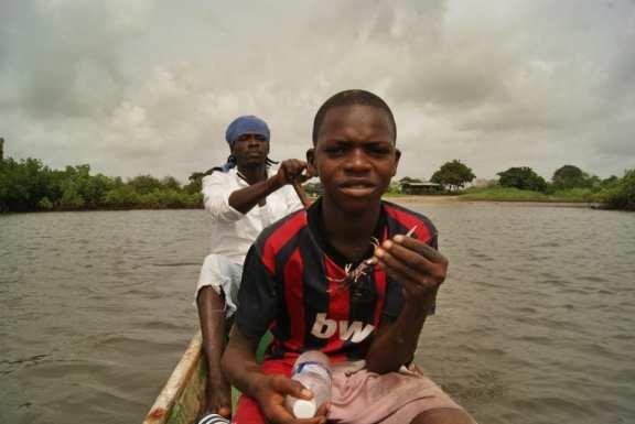 Gambia, isla de Ginak