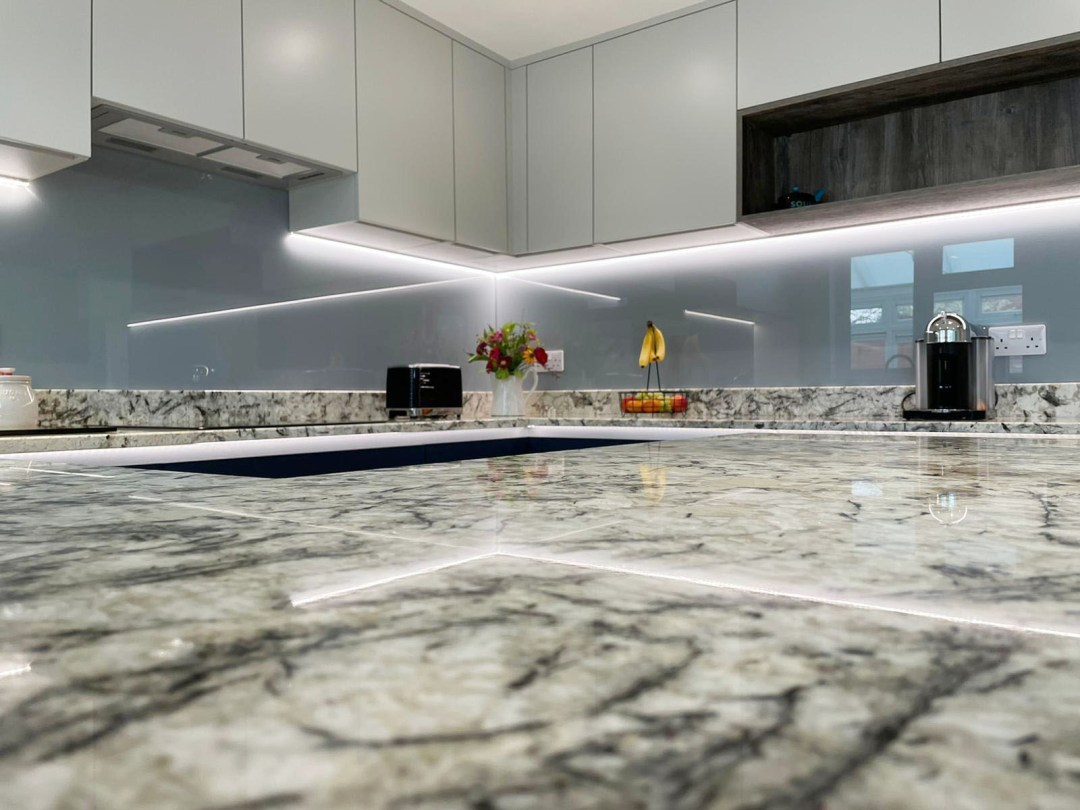 Affordable shaker kitchen - Bournemouth - Meridien Interiors - Fitted Kitchen