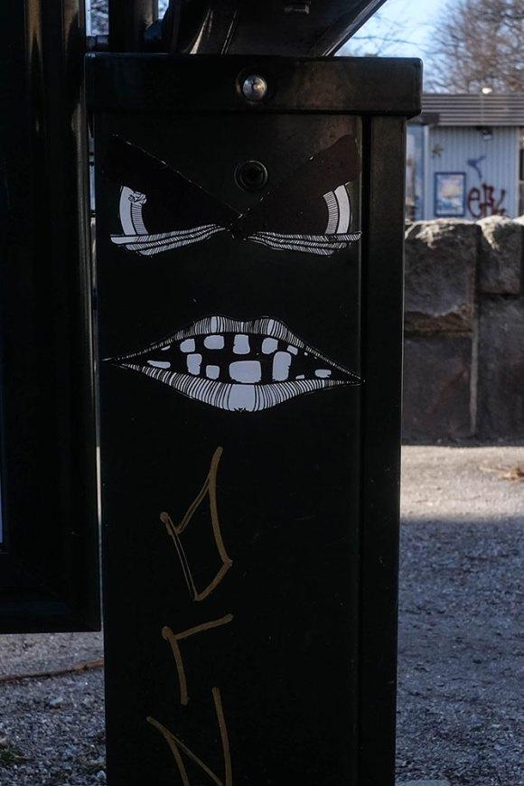 grin-(1-av-1)