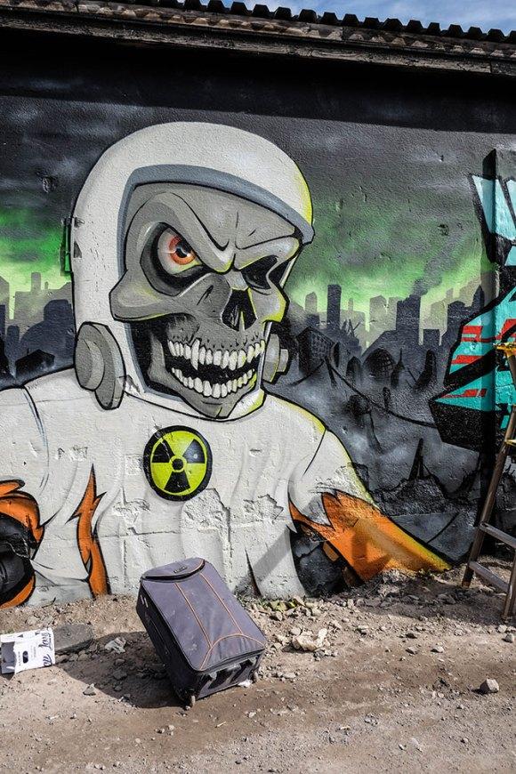 nuclear-skull-(1-av-1)