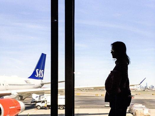 flygplatsen-siluett