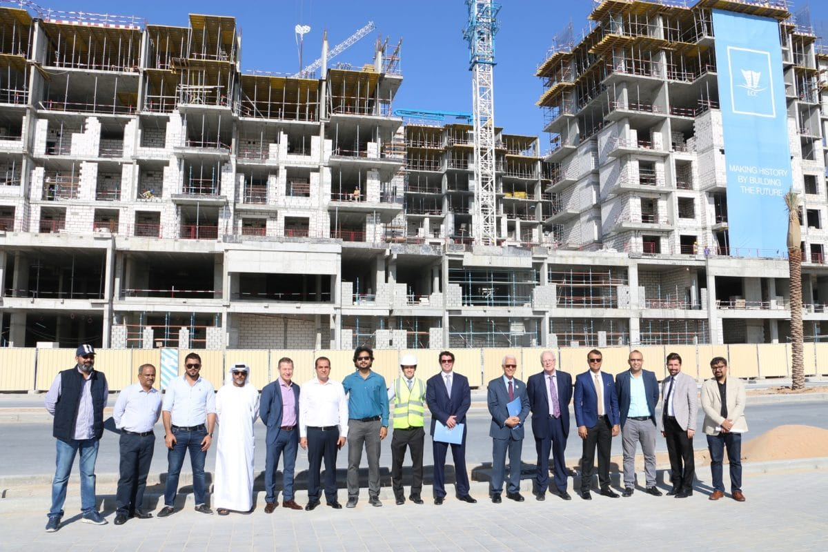 إنجاز شركة المقاولات الهندسية 43% من المجمع السكني روضة التابع لشركة نشاما في تاون سكوير دبي خلال 9 أشهر