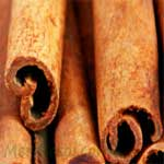 Cinnamon-Stick-दालचीनी-Dalchini-Spices-Names-in-English-Hindi-Meri-Rasoi