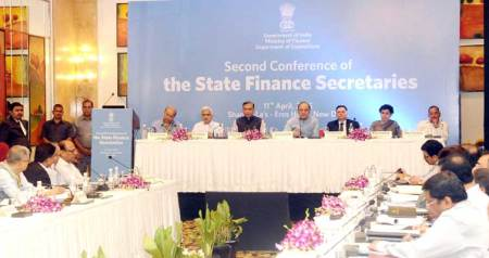 Arun Jaitley and Jayant Sinha with seniour finance ministry officials at the meeting with state finance secretaries.