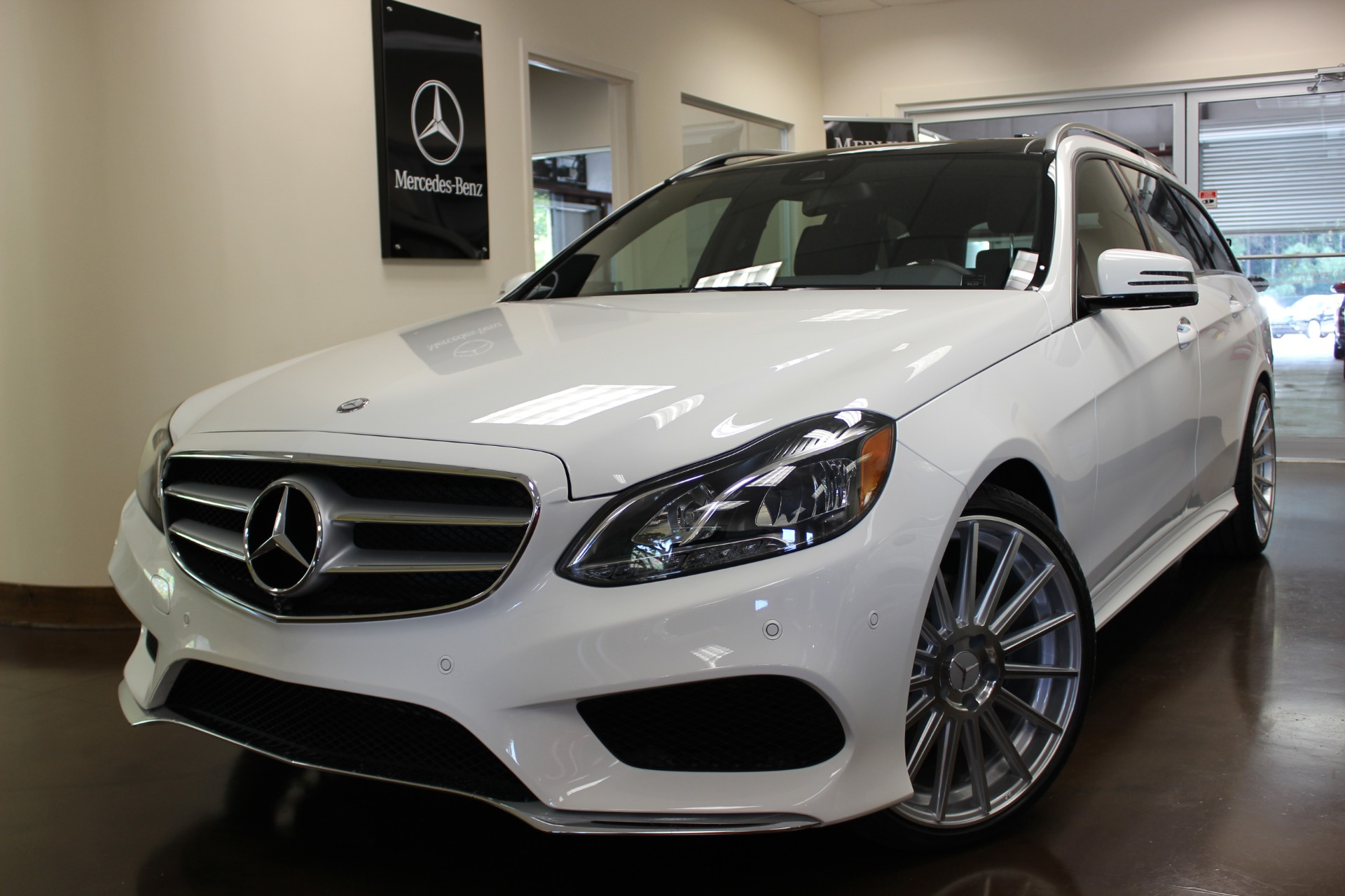 hight resolution of 2015 mercedes benz e class e350 4matic sport wagon