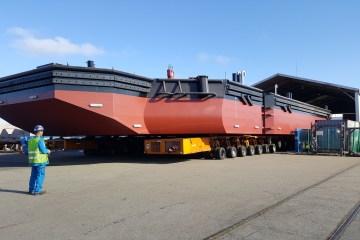 Mise à l'eau du ponton SEEM 39-970ST « Benchicao »