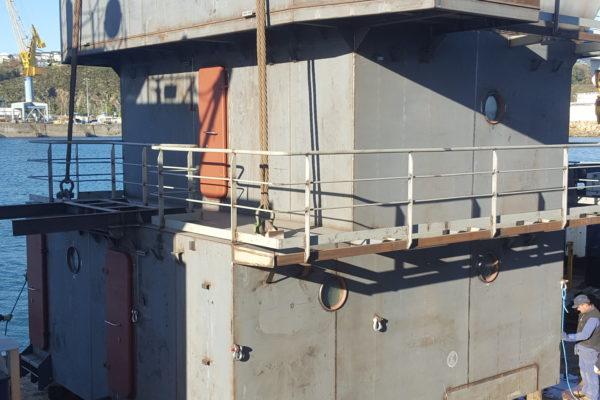 """Construction de la superstructure du chaland fendable """"Tidjelabine"""" par CIB"""