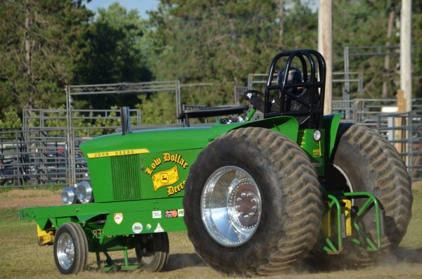 Red River Valley Tractor Pulling - Year of Clean Water