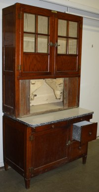 Hoosier bakers cabinet.JPG | Merrill's Auction