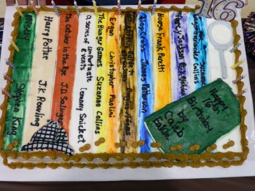 A photo of the cake from Melissas Mystery In the Library party
