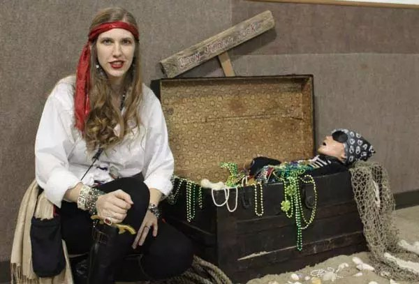 Pirate chest photo