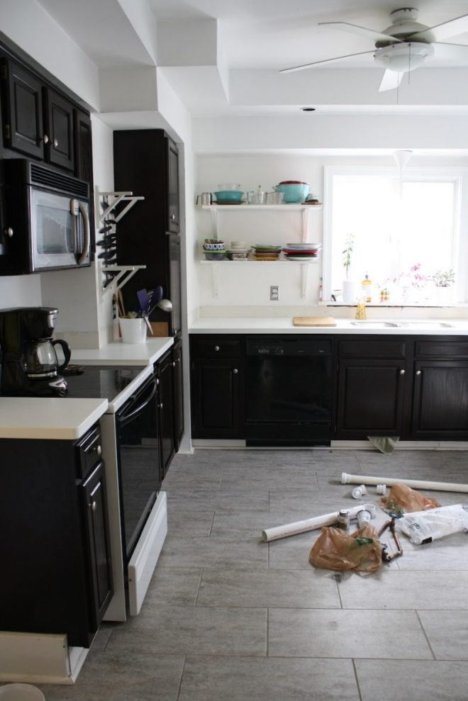 How To Repair The Wall That Was Behind The Backsplash
