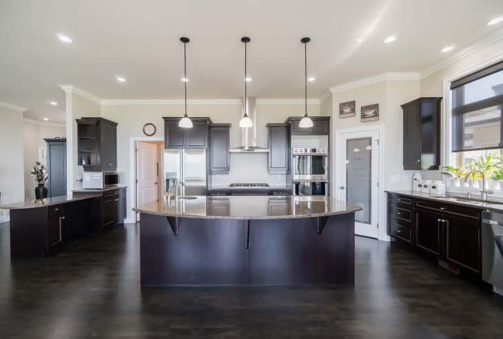 Kitchen on main level - 185 - 51075 Falls Court, Chilliwack