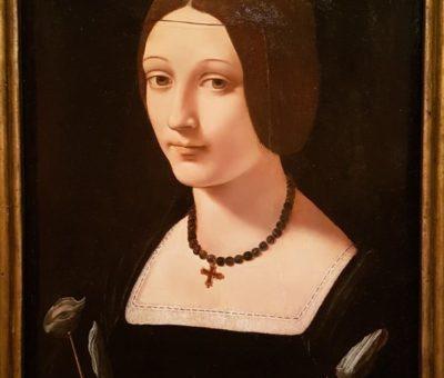 Dama como Santa Lucía