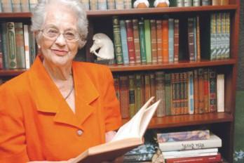 María Ugarte, historiadora